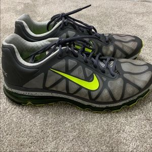Air Max Nike Men's Size 11""